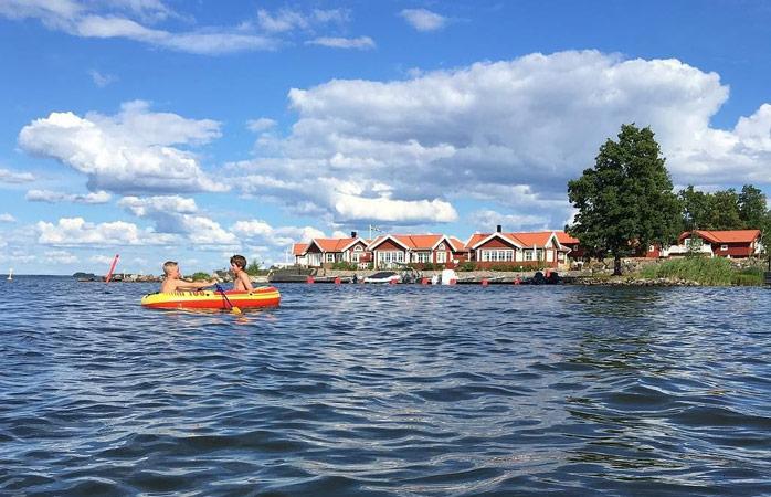 Glöm resten av världen för en stund, vid sjön Hjälmaren i Örebro