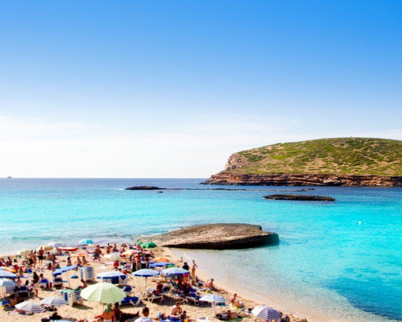Azurblått hav och fantastiska stränder – upplev de bästa öar i medelhavet