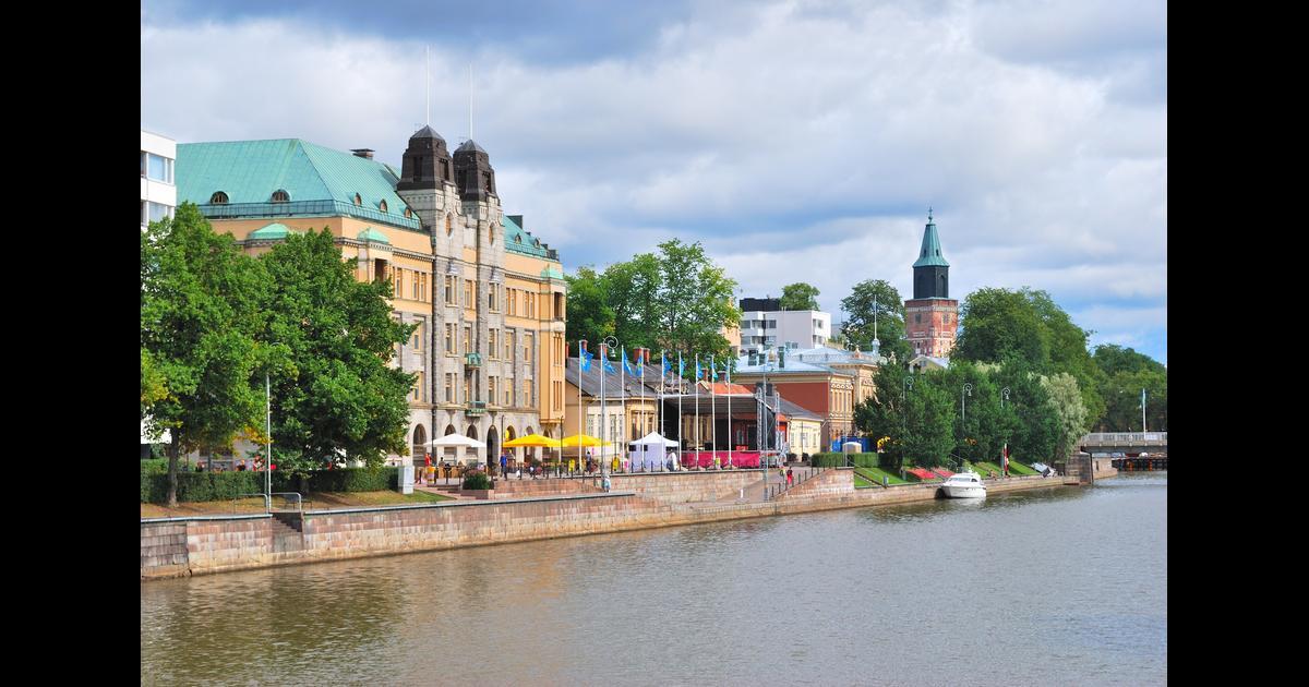 flyg stockholm åbo